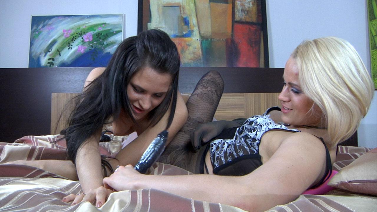 Lesbian pantyhose movie galleries girl!!!