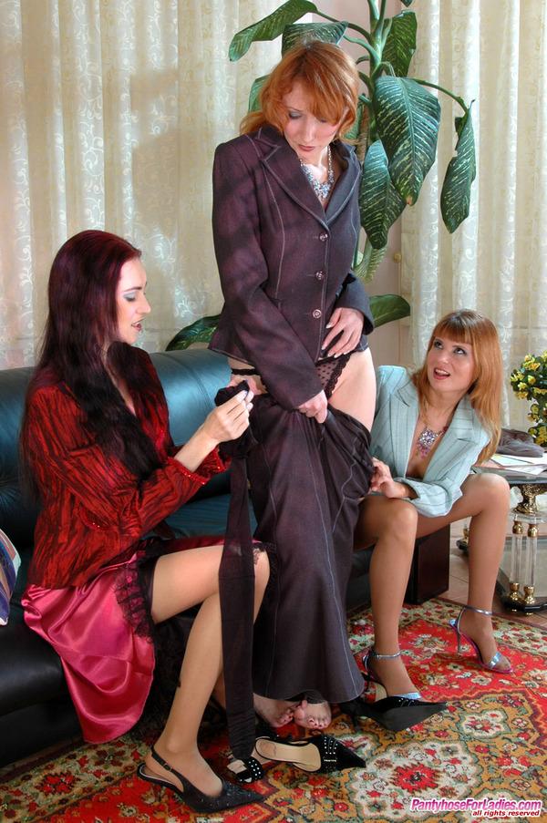 Pantyhoseforladies Lesbian Pantyhose Group Sex 41