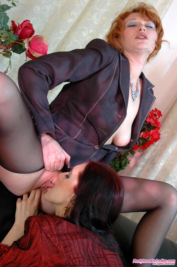 Pantyhoseforladies Lesbian Pantyhose Group Sex 8
