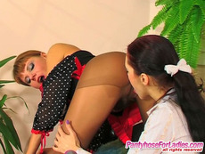 Pantyhose Catfights