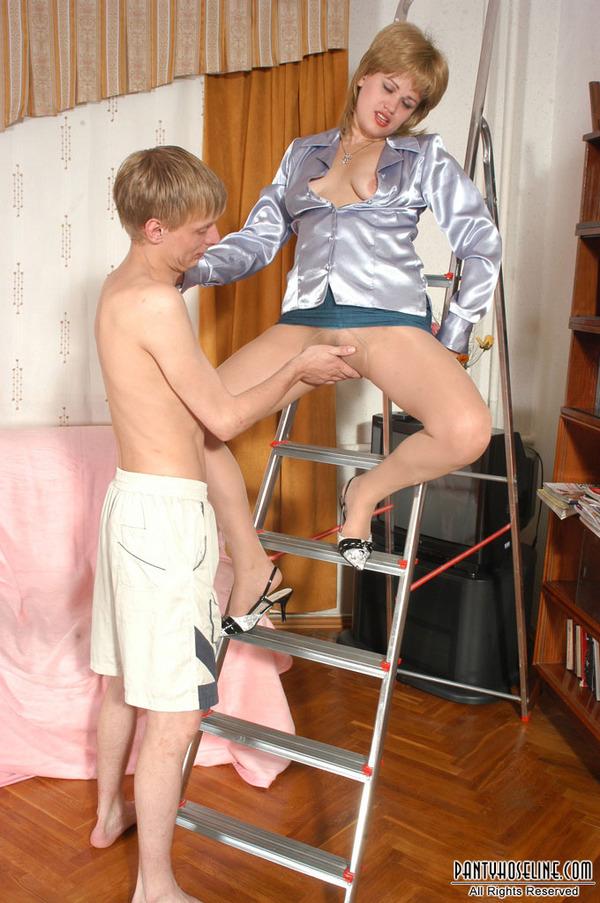Congratulate, pantyhose ladder porn