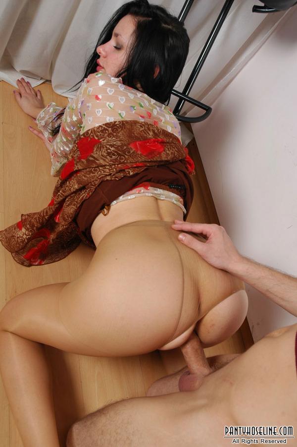 pantyhose Right sex through