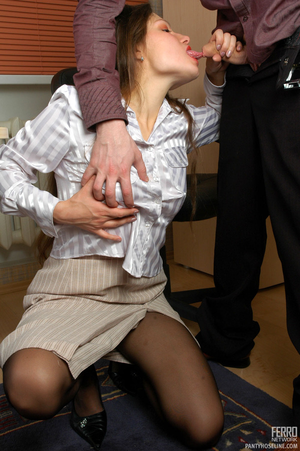 Salacious Sec Fulfilling Her Pantyhose Fantasies Right At Her Working Place 81