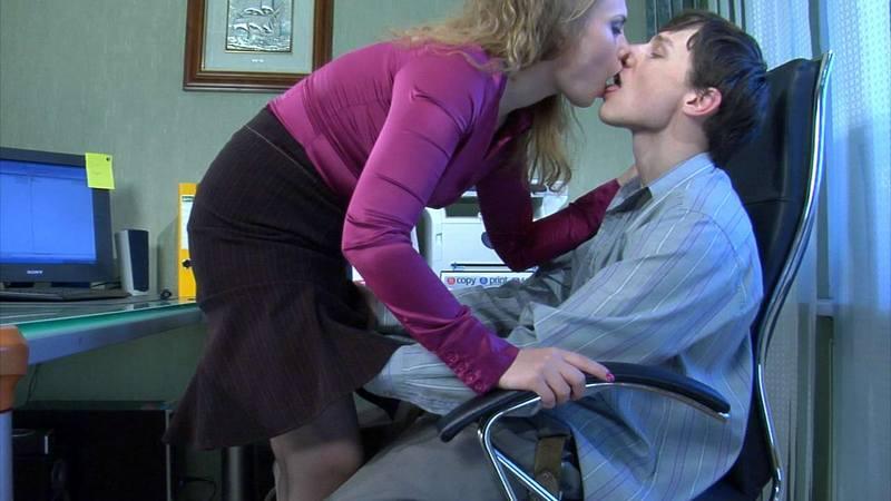 после видео грязных секретарш того