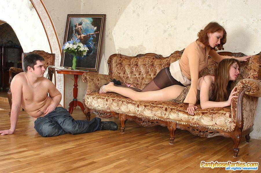 Подругой жена мужа ролики с смотреть застукала