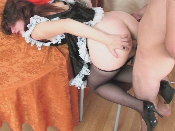 порно толстая служанка