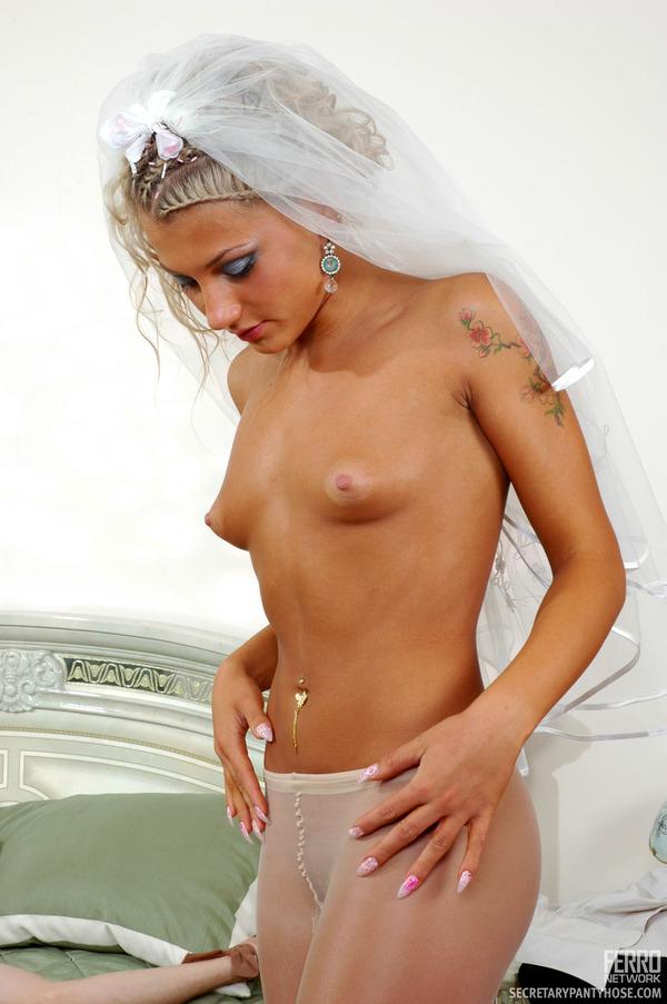 porno-aktrisa-cornelia