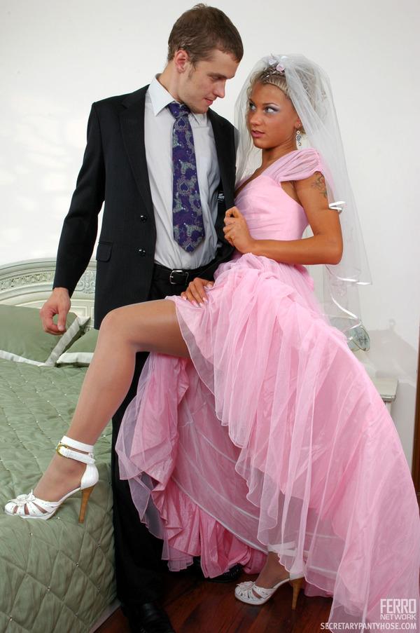 Чердак секс онлайн невеста