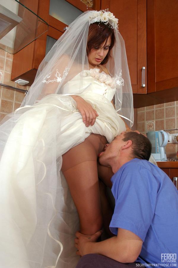 взрослая развратница невесты в коротких платьях порно фото иногда