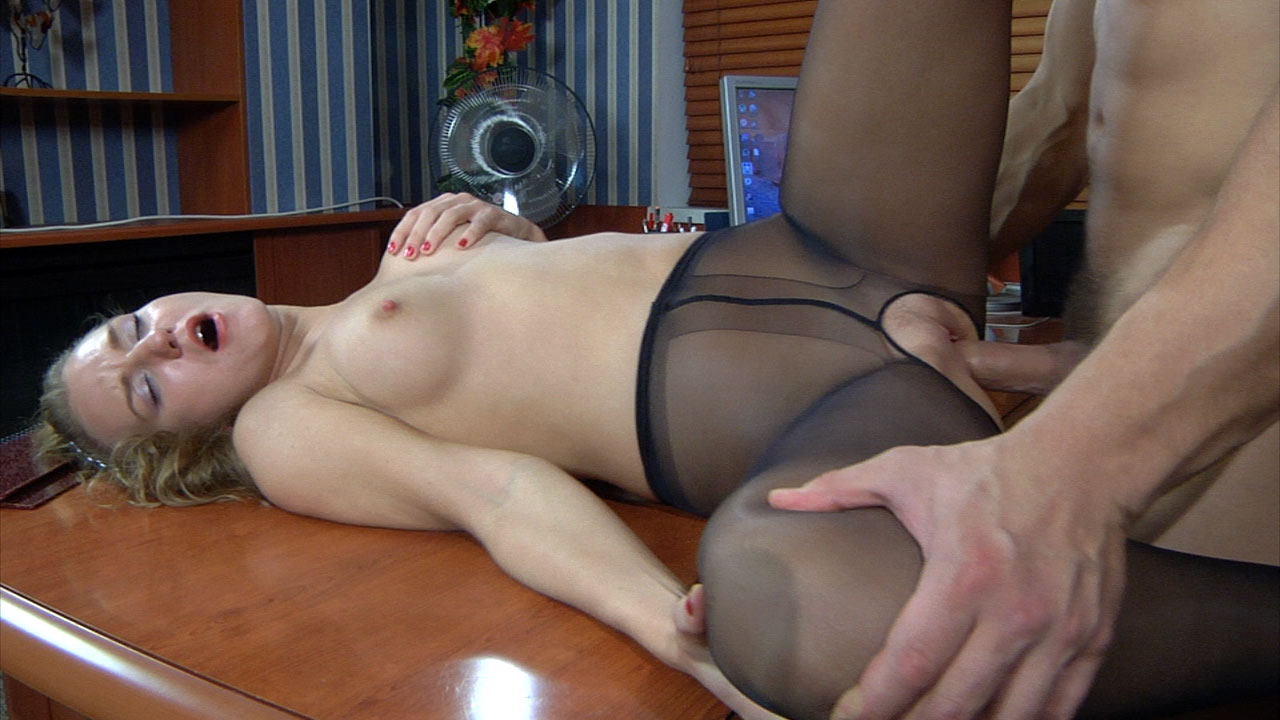 Love your pantyhose for a close look