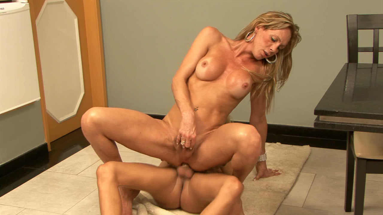 Alexia & Dani tranny fucks tranny video