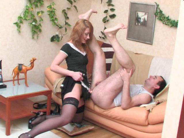 Смотреть порно мать страпон страпон